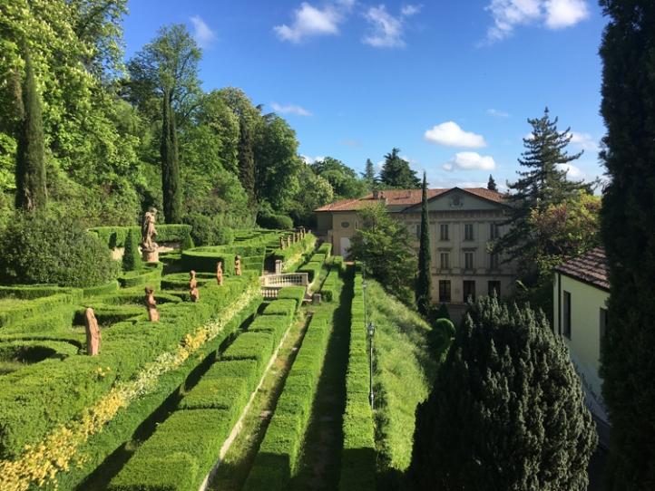 top walks in Bologna