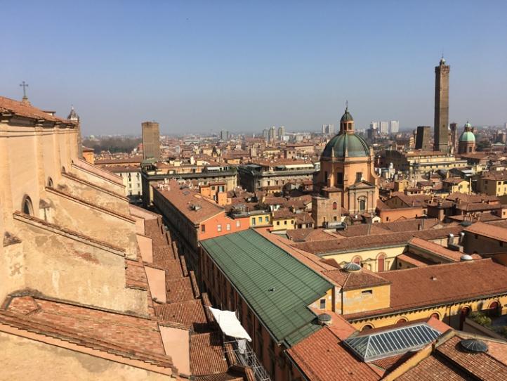 bologna-view-terrace-san-petronio