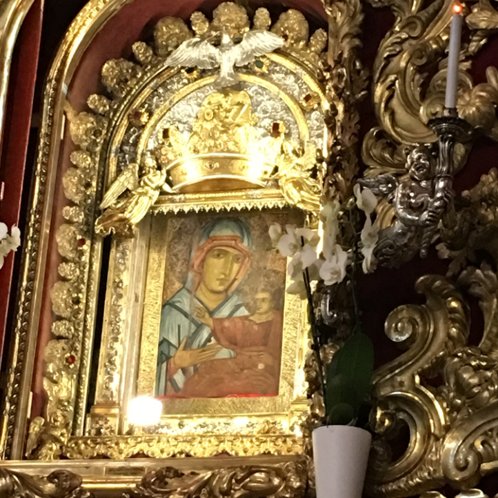 Icon of the Madonna di San Luca inside the Basilica.