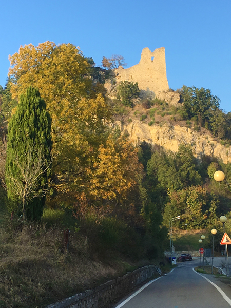 The rock where the Castle of Canossa stands.