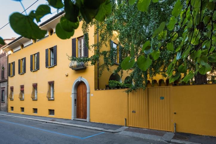 The exteriors of Casa Bertagni B&B in Bologna.