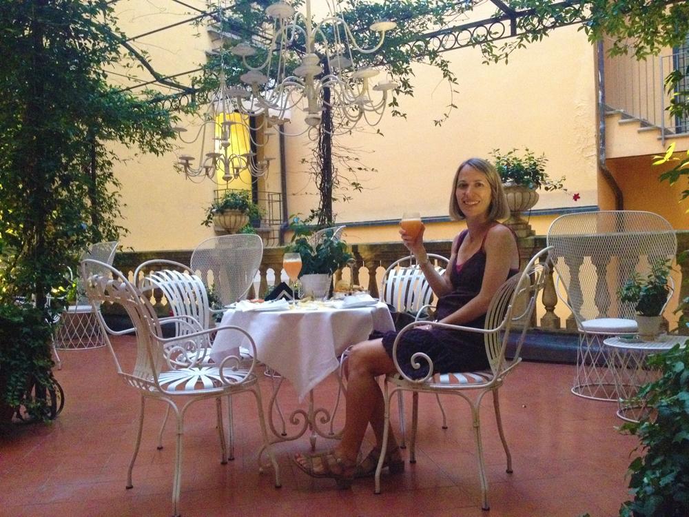 Aperitivo at Grand Hotel Majestic Già Baglioni in Bologna